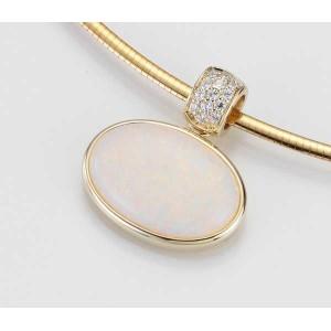 Anhaenger - GOLD 585 - GELB - E.OPAL WEISS/Brill. 0,13 Ct - 3,11 g