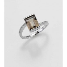Ring- Gold-585/- Weiß - E.RAUCHQUARZ/Brill. 0,088 Ct. w/si - 4,45 g
